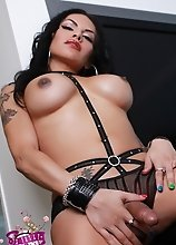 Big titted Foxxy exposing her goodies
