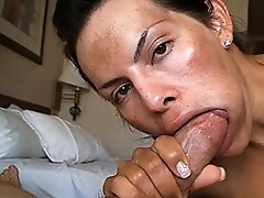 Hot transsexual Foxxy having oral pleasure