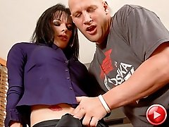 UK tranny Jordan Jay fucked by a hung American stud