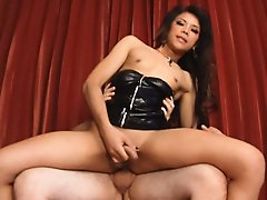 Ladyboy Vickee barebacked in short black miniskirt