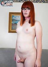 Watch Sammi Smith introducing herself with some naughty dirty talk and playing with her buttplug in her first scene ever!